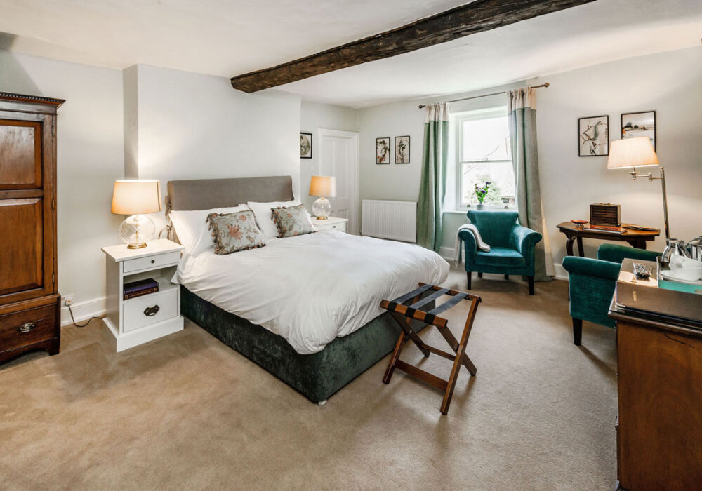 Double room at Oving Lodge