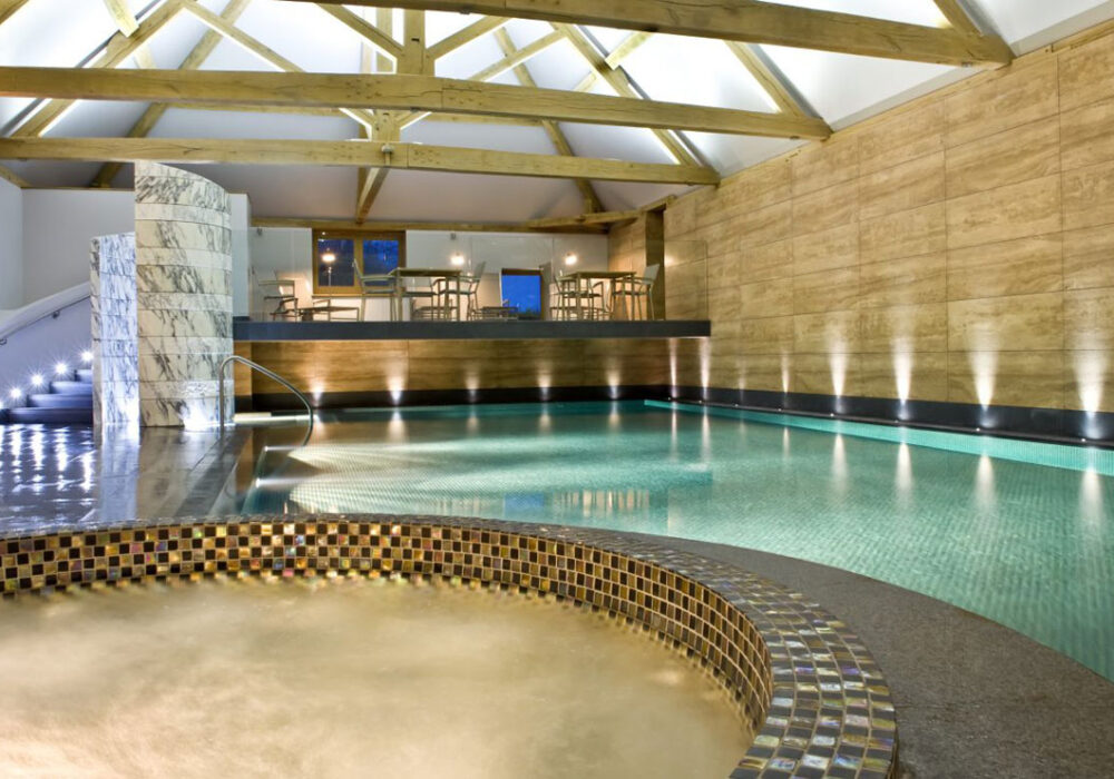Pool and spa at Park House Hotel