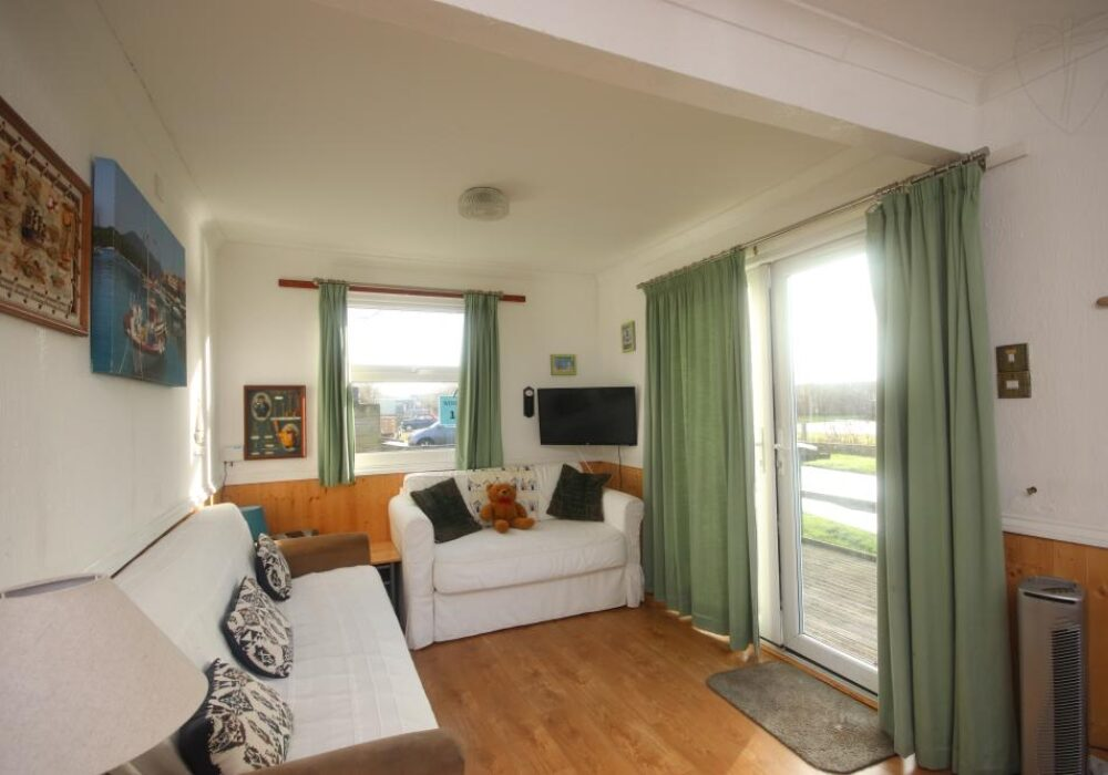interior of 10a Medmerry Park, Selsey